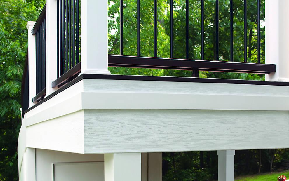 universal-fascia-white-deck-corner