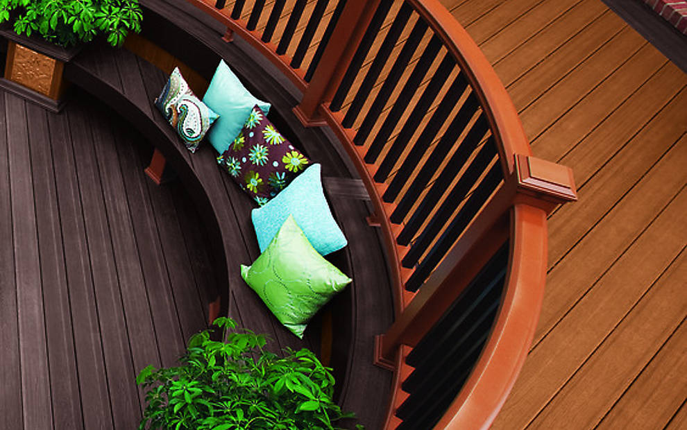 transcend-decking-railing-tree-house-curved-rail
