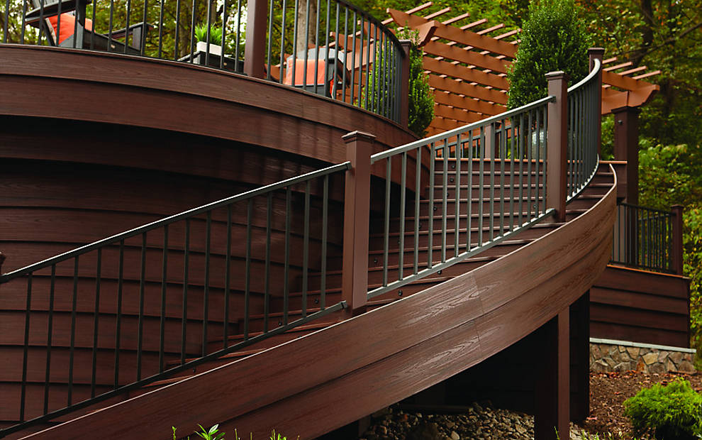 transcend-fascia-reveal-railing-spiced-rum-curve-stair