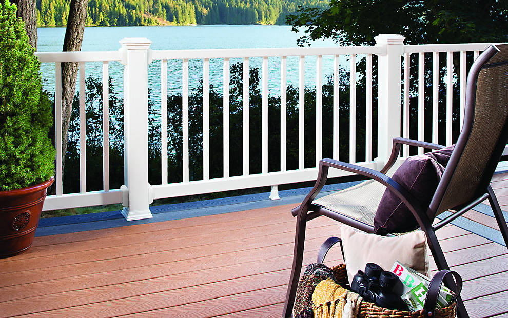 select-decking-railing-saddle-vertical-chair